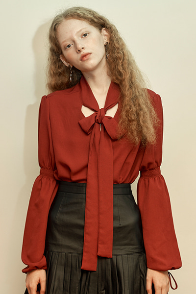 [fw 10% sale] janet string blouse wine