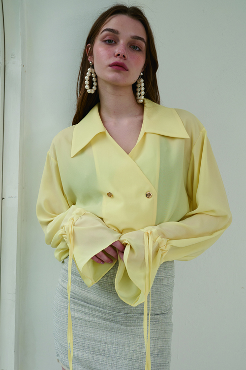 four button blouse lemon