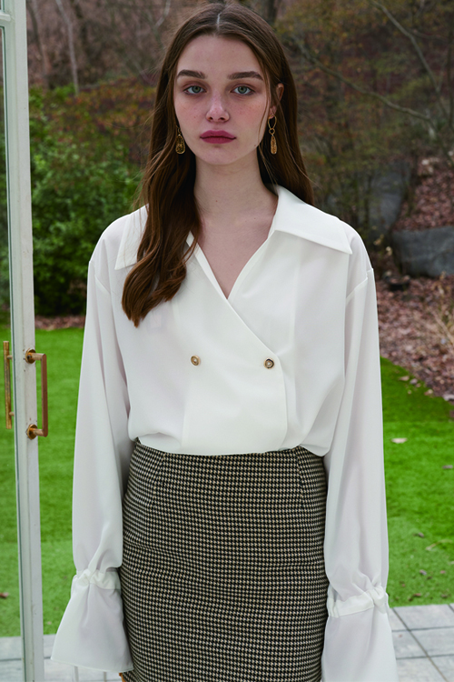 four button blouse ivory