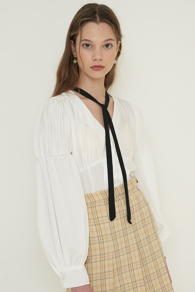 dee blouse ivory