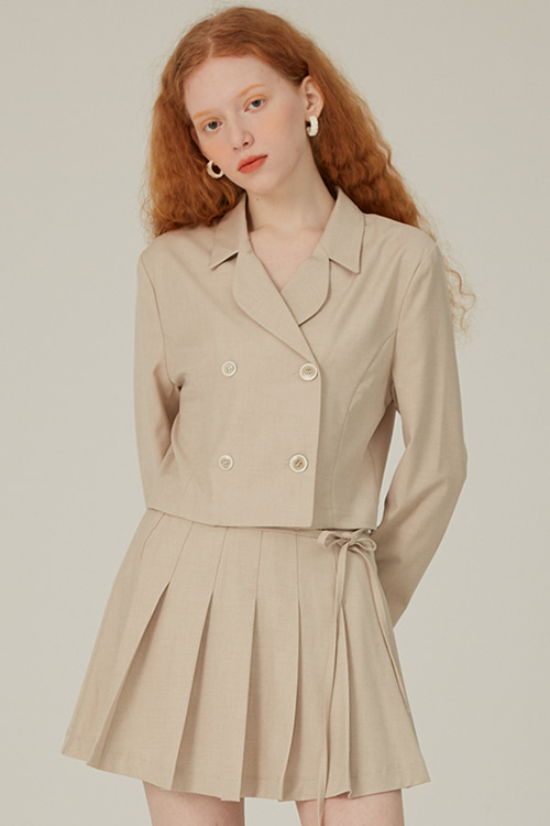 four button jacket beige